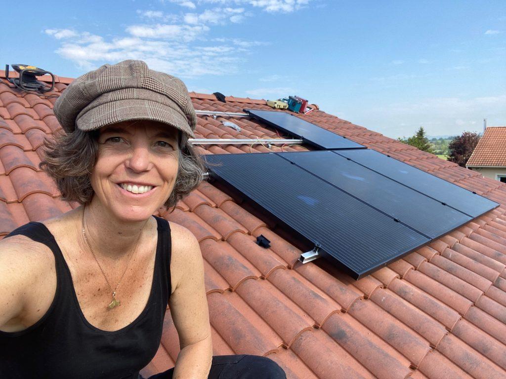 panneau solaire toit sauxillanges