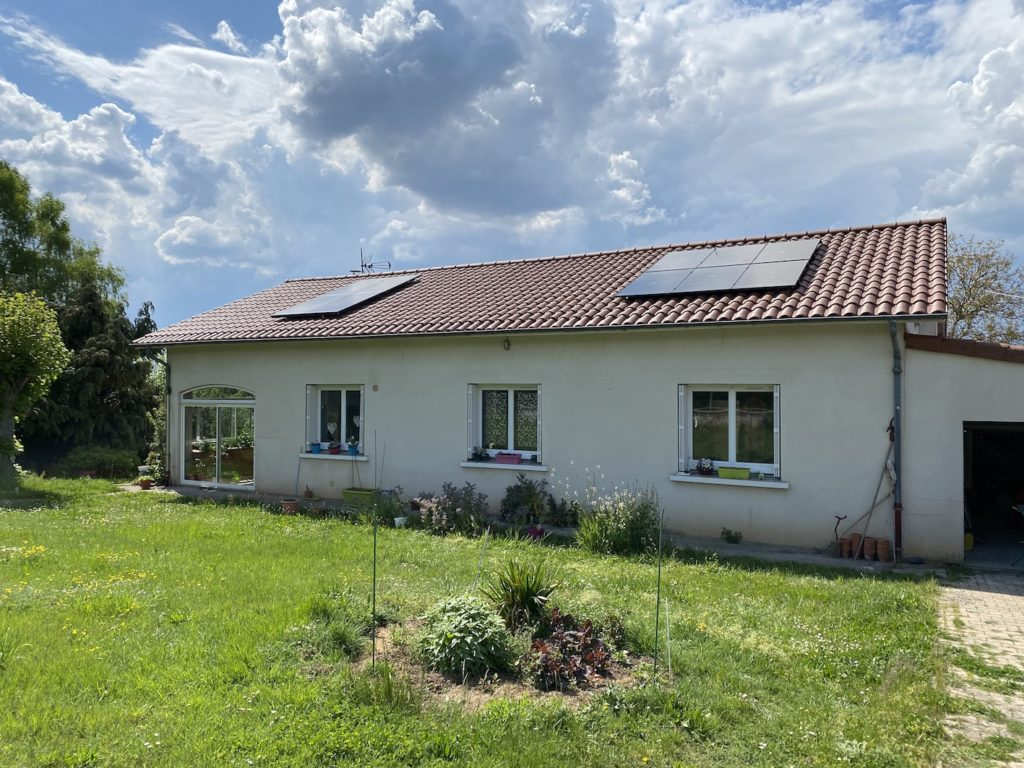 panneau solaire photovoltaïque sauxillanges