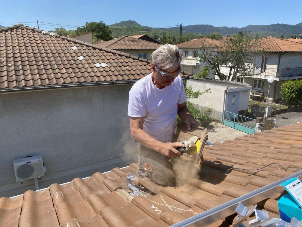 meulage des tuiles panneau solaire